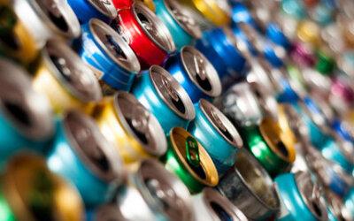 Brasil recicla cerca de 98% das latinhas de alumínio de bebidas