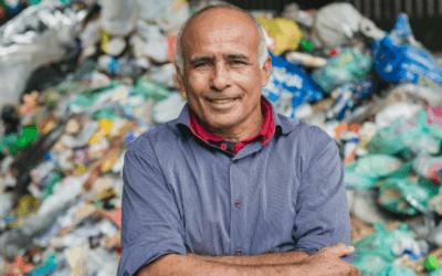 Ex-garimpeiro é presidente de cooperativa de catadores de materiais recicláveis